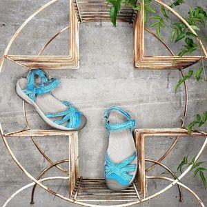 Keen Aqua Band Closed Toe Sandals, Sz 10/10.5